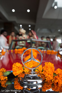 Capture of the floral decoration carrying the Indian newlyweds