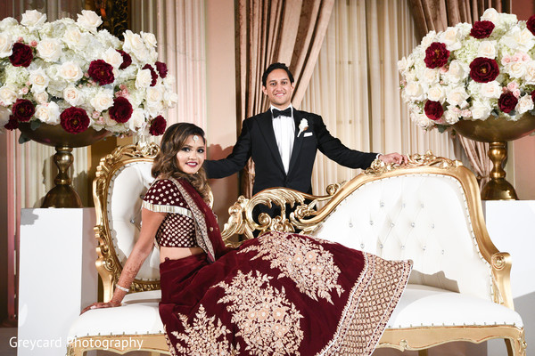 indian bride and groom,indian wedding reception fashion,indian wedding stage decor
