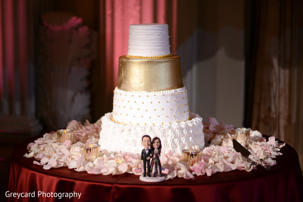 indian wedding cake,indian wedding cake topper