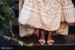 Marvelous Indian bridal shoes capture.