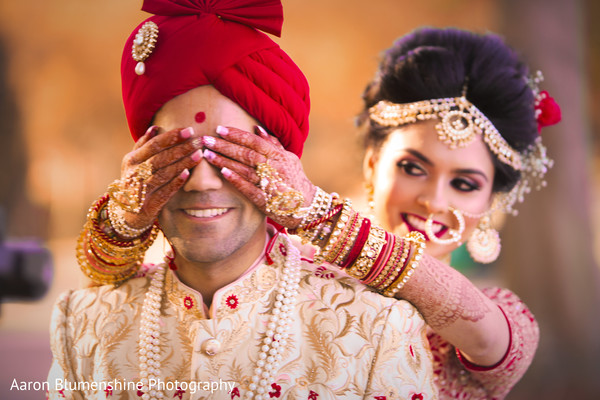 indian bride jewelry,indian bride fashion,first look