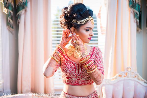 bridal lengha,getting ready,indian bride fashion