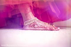 Lovely bridal mehndi art