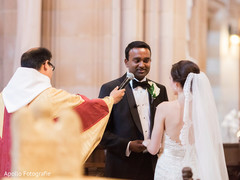 Enchanting Indian groom saying his wedding vows capture.