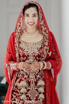 Amazing shot of the stunning maharani moments before the ceremony.