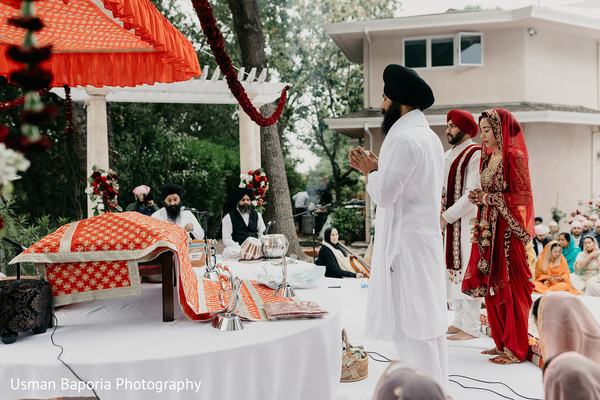 Indian wedding ceremonies start at the venue