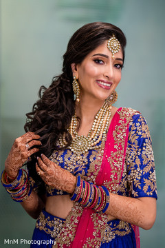 Stunning Indian bride posing for the photo shoot