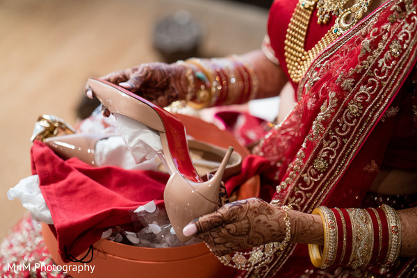 shoes,indian bride,maharani,accessories