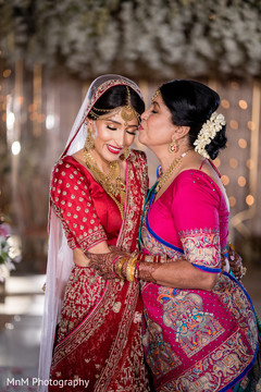 Lovely moment from the Maharani and her mother before the ceremony
