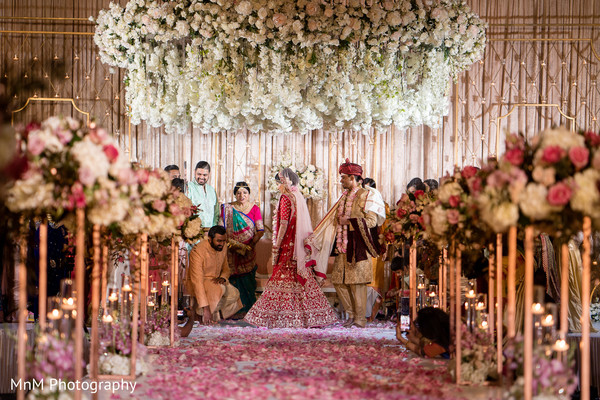 indian wedding,maharani,decoration,flower arrangement