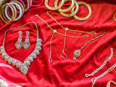 Indian bride jewelry set inspiration