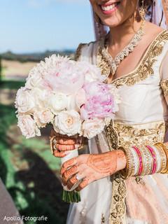 Romantic indian bride bouquet