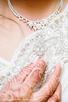 Stunning Indian bridal necklace.