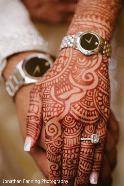 indian bride and groom's jewelry,indian bridal mehndi art,indian bridal engagement ring