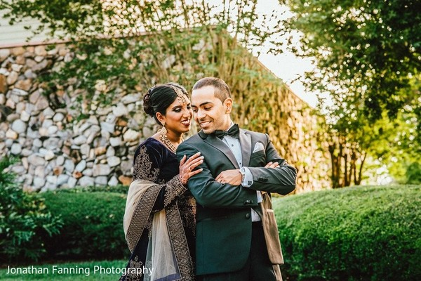 indian bride and groom,indian wedding reception fashion,indian bridal jewelry