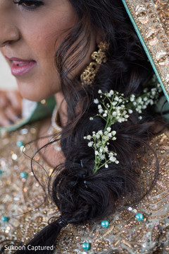 Closeup capture of Indian bride's hairstyle.