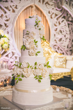 Magnificent indian wedding tier cake