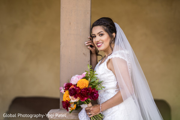 indian bride,floral arrangement,maharani,photo shoot