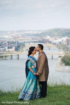 Raja kisses the beautiful maharani during the photo shoot