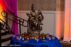 Marvelous decoration with a indian goddess statue.