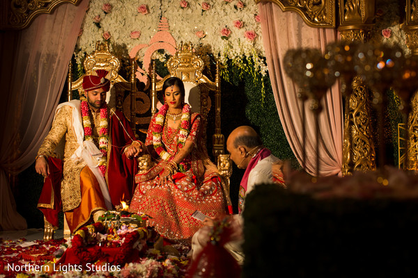 indian bride and groom,indian wedding ceremony,indian wedding ceremony rituals