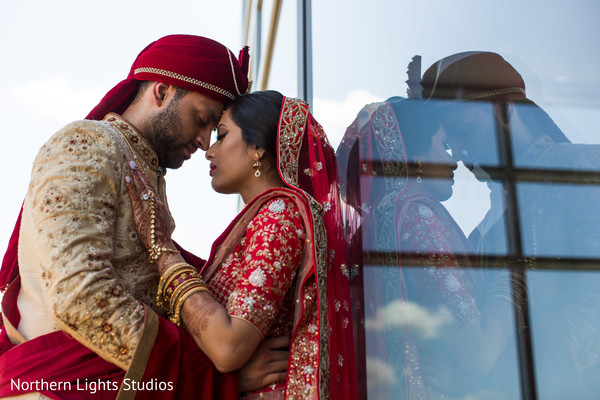 indian bride and groom,indian bridal ceremony fashion