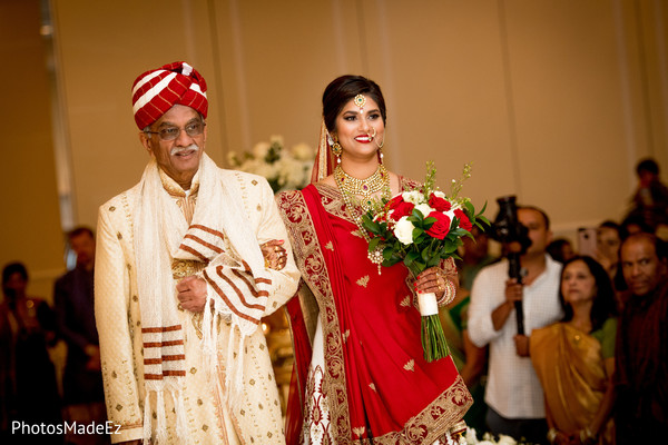 indian bride,indian wedding ceremony,indian wedding fashion