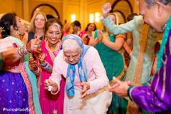 Marvelous Indian sangeet dance capture.