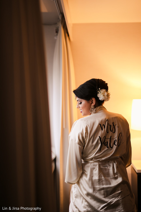 indian bride,maharani,getting ready,photography