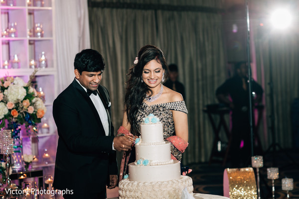 tier cake,indian wedding reception,cake cutting