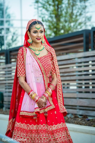 bridal lengha,indian bride style,indian bride jewelry