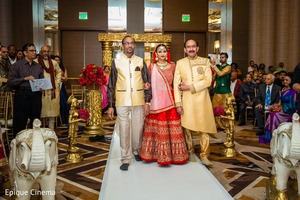 bridal lengha,indian bride fashion,indian wedding