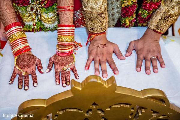 bridal mehndi,indian bride fashion