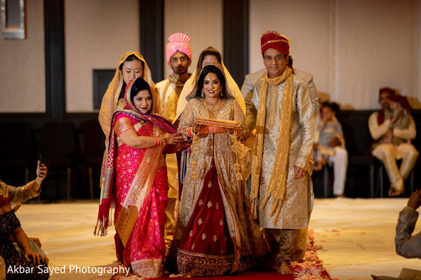 indian wedding,maharani,sari,venue