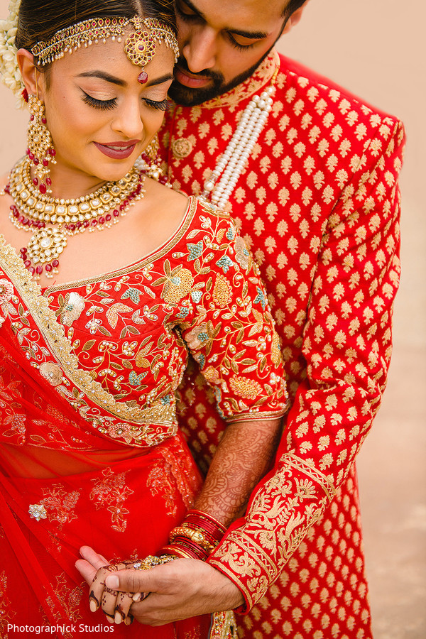 indian bride,indian groom,wedding ceremony fashion,jewelry