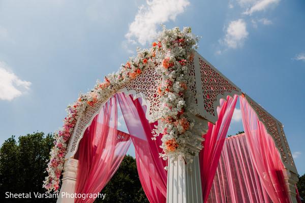 indian wedding,mandap,flower arrangement,outdoors