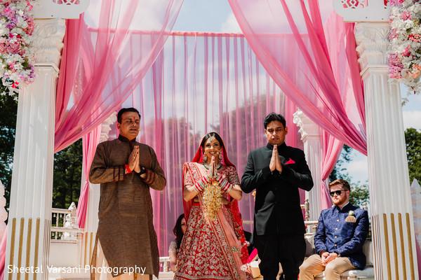 indian wedding,maharani,mandap,ceremony