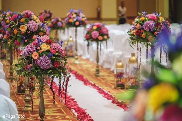 Admirable Indian wedding flowers aisle decoration.
