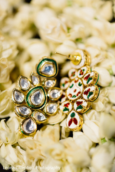 Detail of bridal jewelry used by the maharani