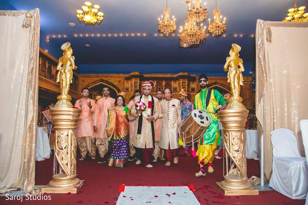 indian wedding,baraat,indian groom,dhol
