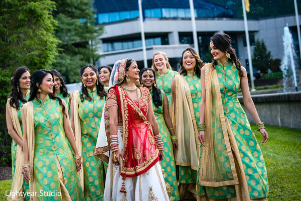indian bride,bridesmaids,indian wedding ceremony fashion,photo shoot