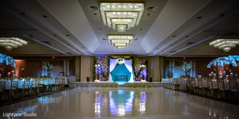 indian wedding reception,dance floor,table decor,stage decor