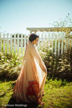 Dazzling indian bride wedding style