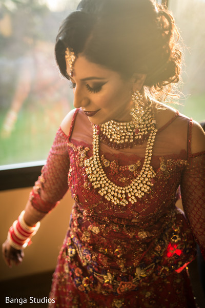 indian bride,maharani,jewelry,sari