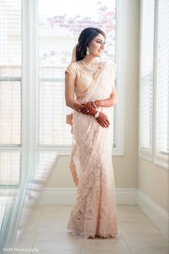 Magnificent Indian bride's capture.