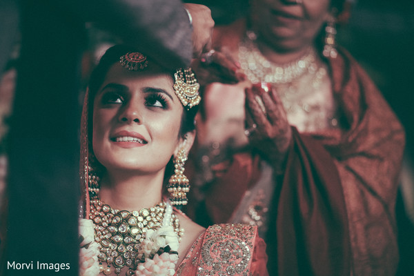 indian bride,indian wedding ceremony fashion,indian wedding ceremony rituals