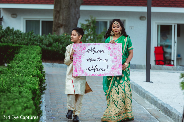 Tender message from guests to the Indian couple
