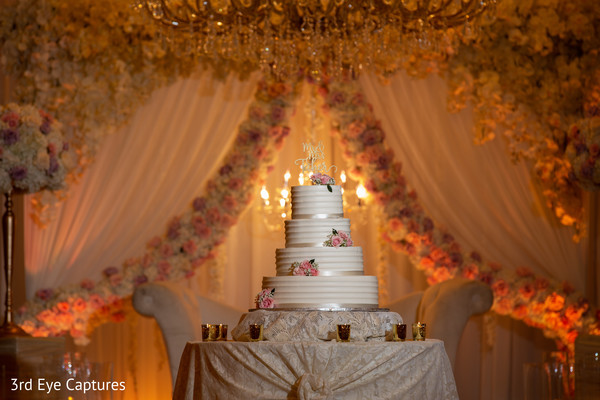 Detail of the Indian wedding cake and decor