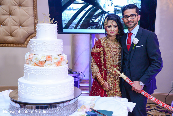 kirpan,maharani,cake,indian wedding