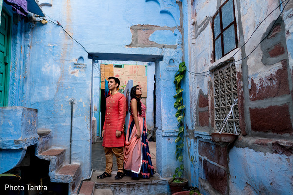 Insanely beautiful Indian couple's photo session